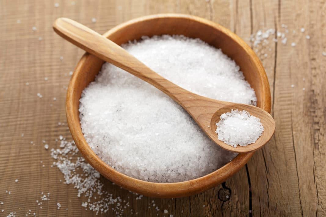 Соль от грибка ногтей - морская соль, йод и уксус от грибка